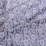 vải lụa satin tơ tằm hoa cúc - màu ghi nâu 03