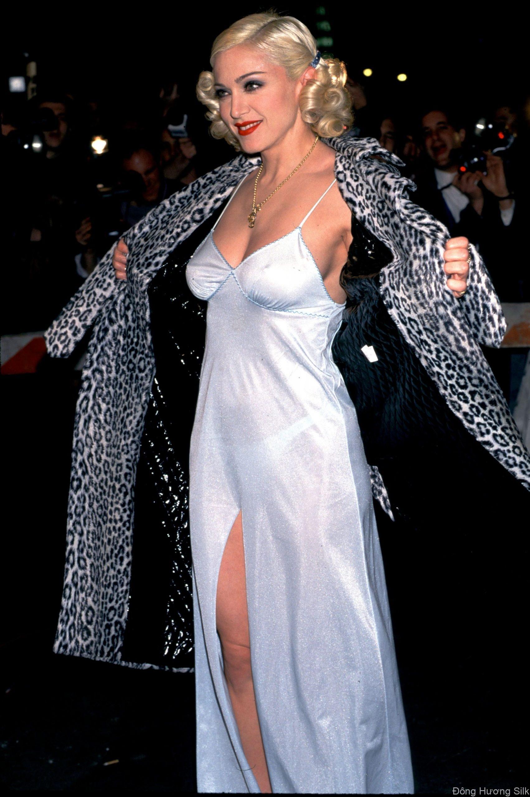 slip-dress-su-hoi-sinh-cua-bieu-tuong-thoi-trang-nhung-nam-2000-3