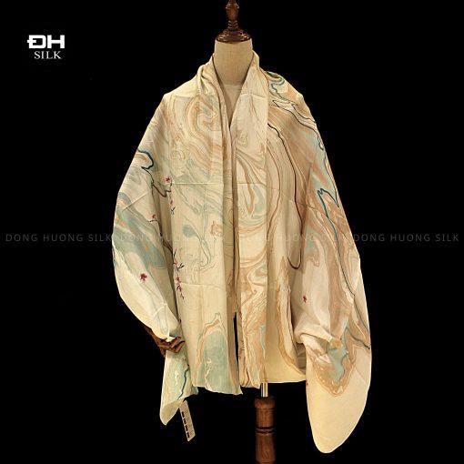khan-lua-to-tam-ve-tay-thuy-an-nghe-thuat-bich-dao-le-thuy-Dong-Huong-Silk-3