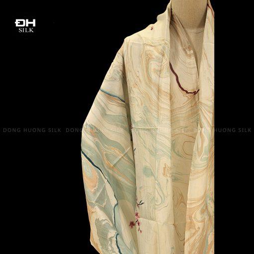 khan-lua-to-tam-ve-tay-thuy-an-nghe-thuat-bich-dao-le-thuy-Dong-Huong-Silk-4