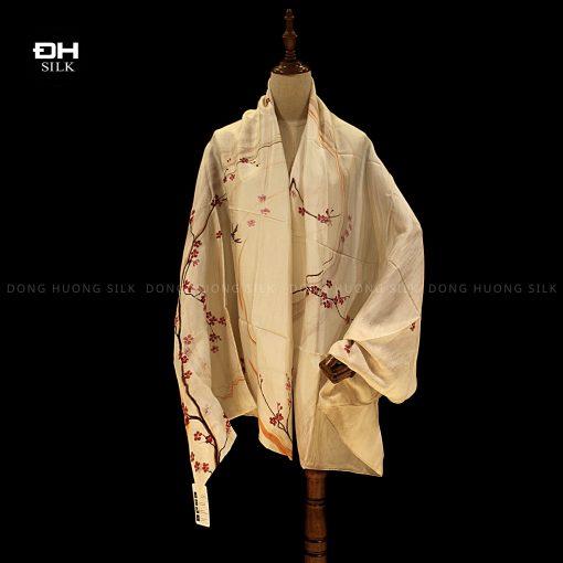 khan-lua-to-tam-ve-tay-thuy-an-nghe-thuat-han-bich-dao-Dong-Huong-Silk-1