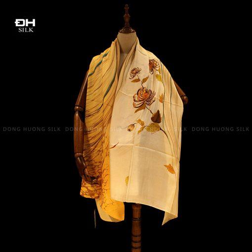 khan-lua-to-tam-ve-tay-thuy-an-nghe-thuat-hoa-cuc-mua-thu-Dong-Huong-Silk-3