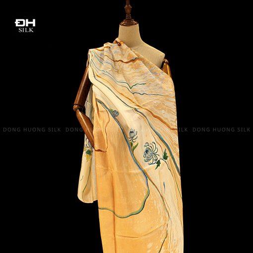 khan-lua-to-tam-ve-tay-thuy-an-nghe-thuat-hoa cuc-van-nien-Dong-Huong-Silk-14