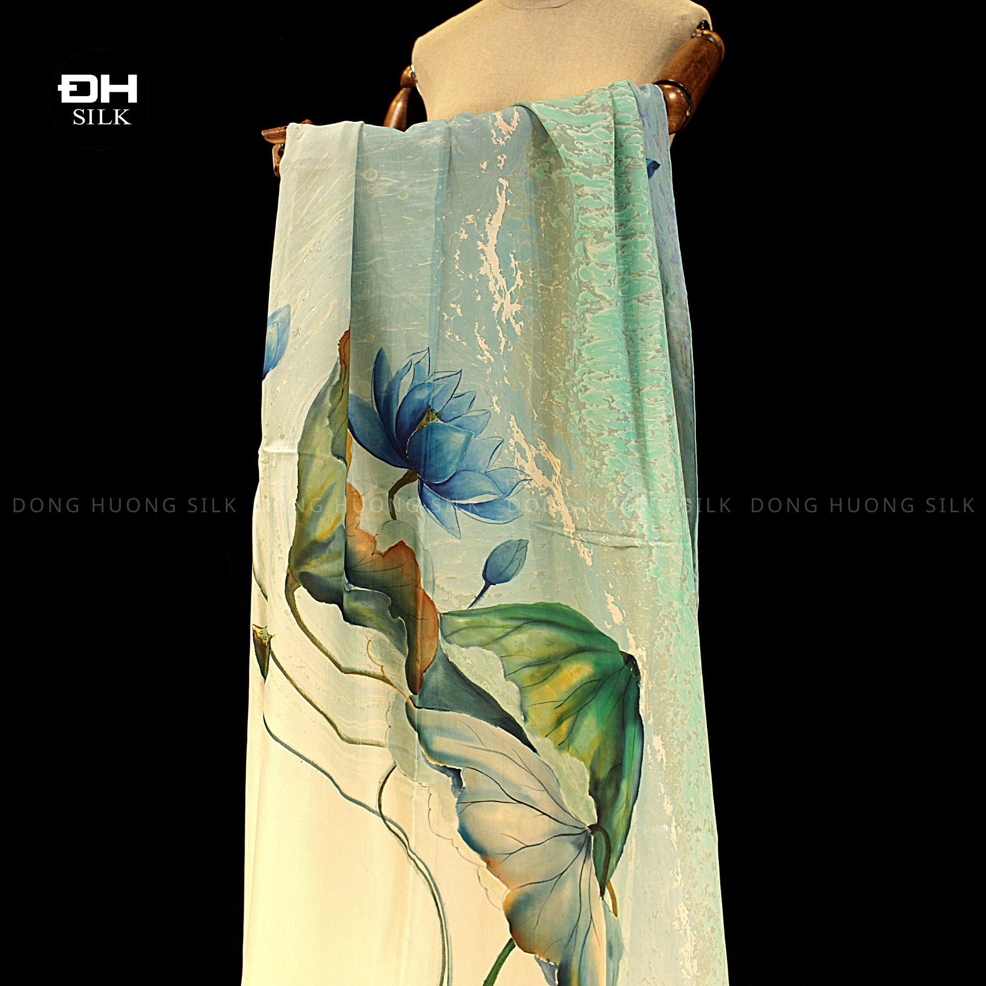 khan-lua-to-tam-ve-tay-thuy-an-nghe-thuat-hoa-sen-nhu-y-Dong-Huong-Silk-1