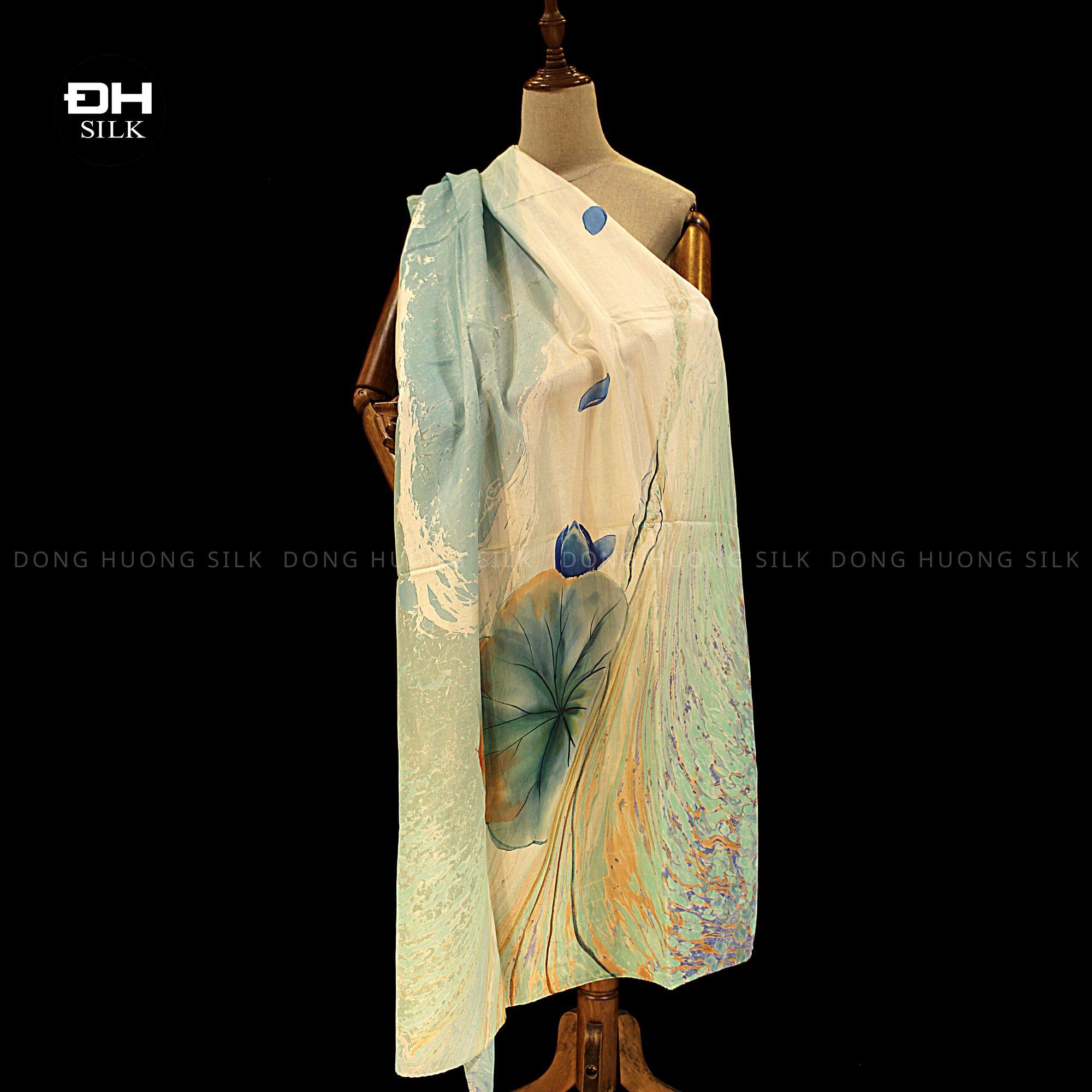 khan-lua-to-tam-ve-tay-thuy-an-nghe-thuat-hoa-sen-nhu-y-Dong-Huong-Silk-2