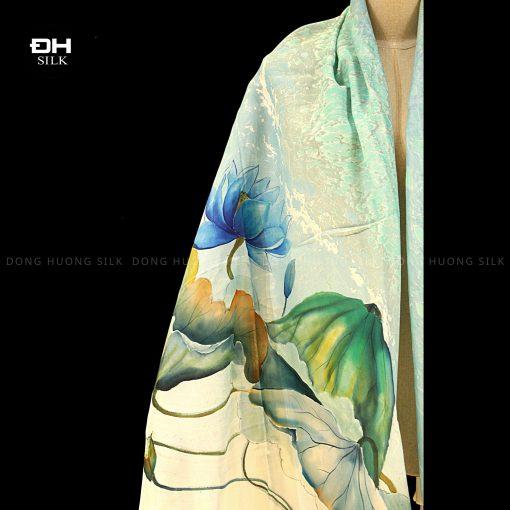 khan-lua-to-tam-ve-tay-thuy-an-nghe-thuat-hoa-sen-nhu-y-Dong-Huong-Silk-6