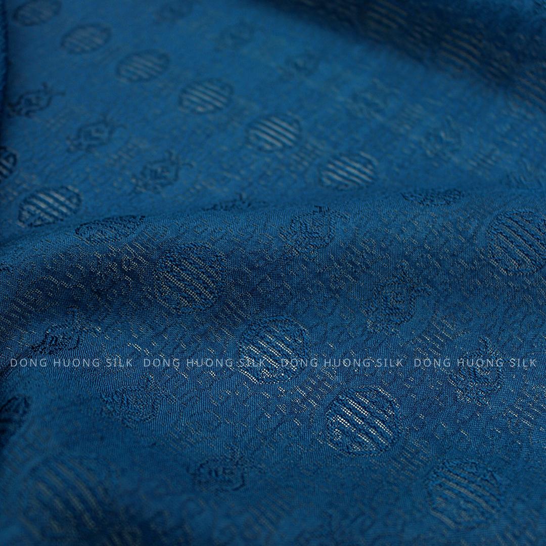 vai-lua-to-tam-van-100%-silk-xanh-tim-than-1