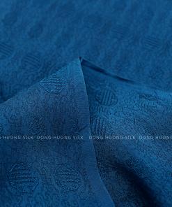 vai-lua-to-tam-van-100%-silk-xanh-tim-than-3