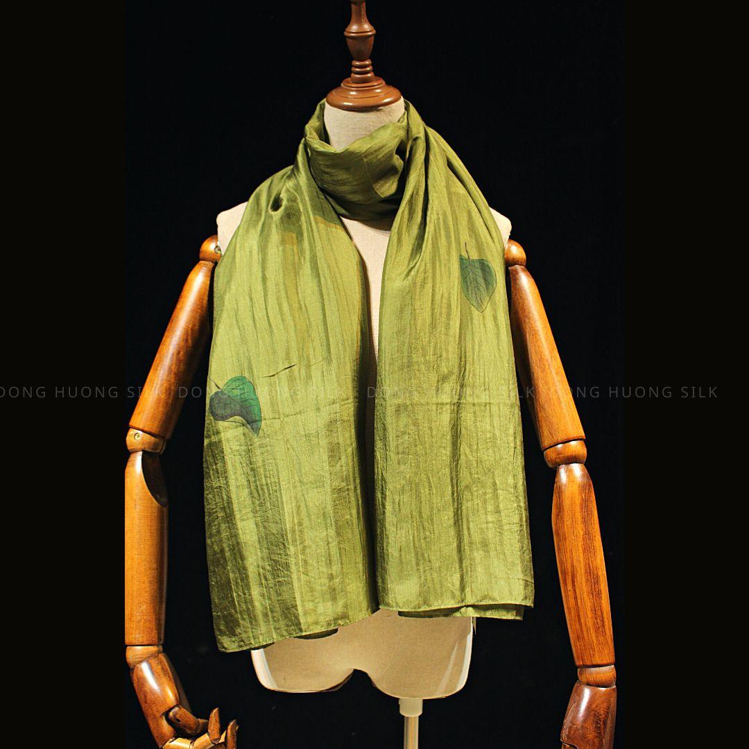 khan-lua-to-tam-ve-tay-nghe-thuat-la-rung-mau-xanh-reu-dong-huong-silk-4